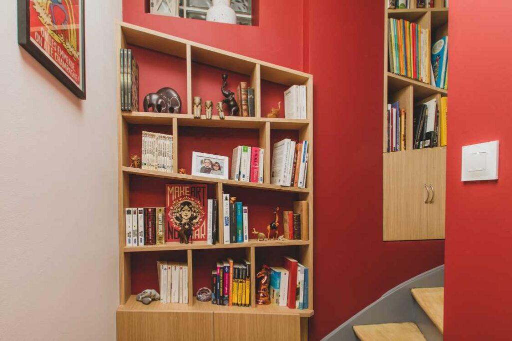 Asymmetrical book shelving